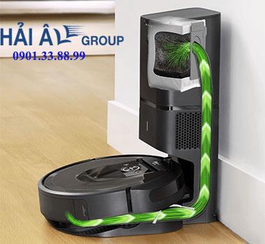 iRobot Roomba i7+ tự xử lí thùng rác