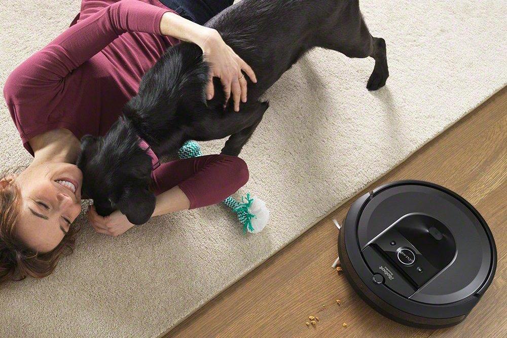 Robot hút bụi kết nối Wi-Fi