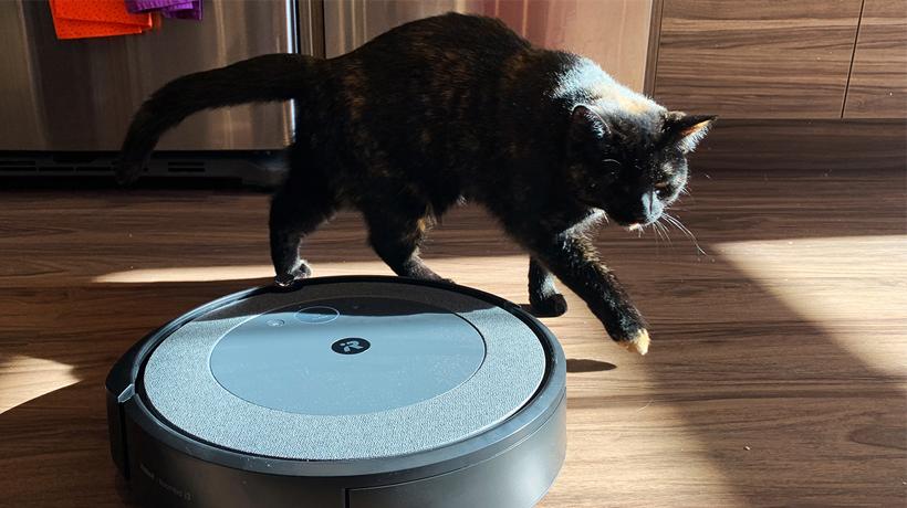 robot hút bụi dạng tròn