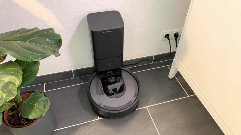 robot hút bụi iRobot Roomba i7+ tốt nhất cho thú cưng