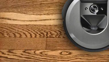 robot hút bụi xước sàn gỗ hay không